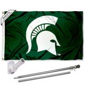 MSU Spartans Helmet Flag and Bracket Flagpole Set