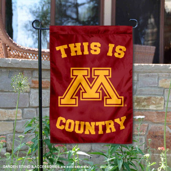 This is Minnesota Gophers Country Garden Flag
