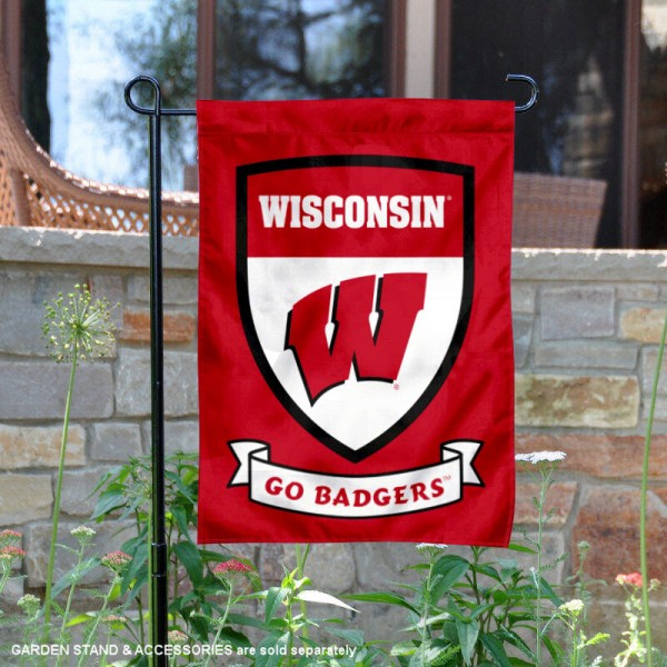UW Badgers Shield Garden Flag